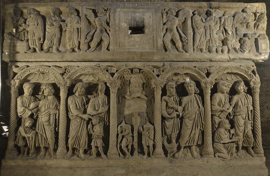 Crypte-Basilique-Saint-Marie-Madeleine-22-08
